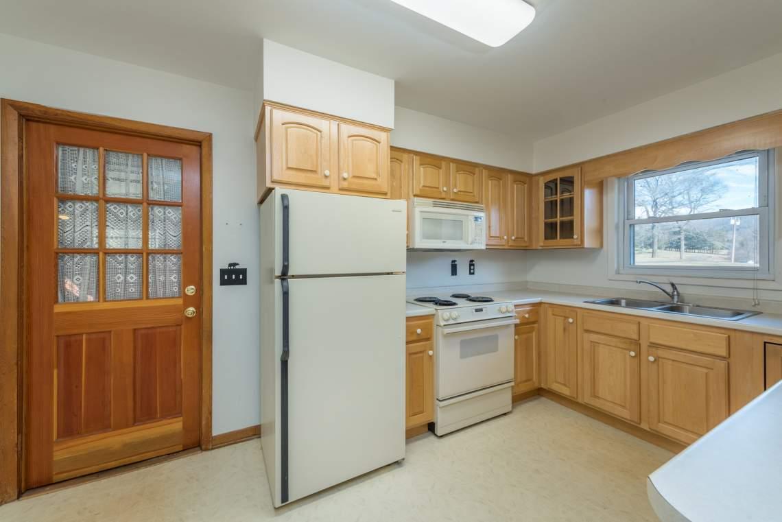 12-Kitchen-A