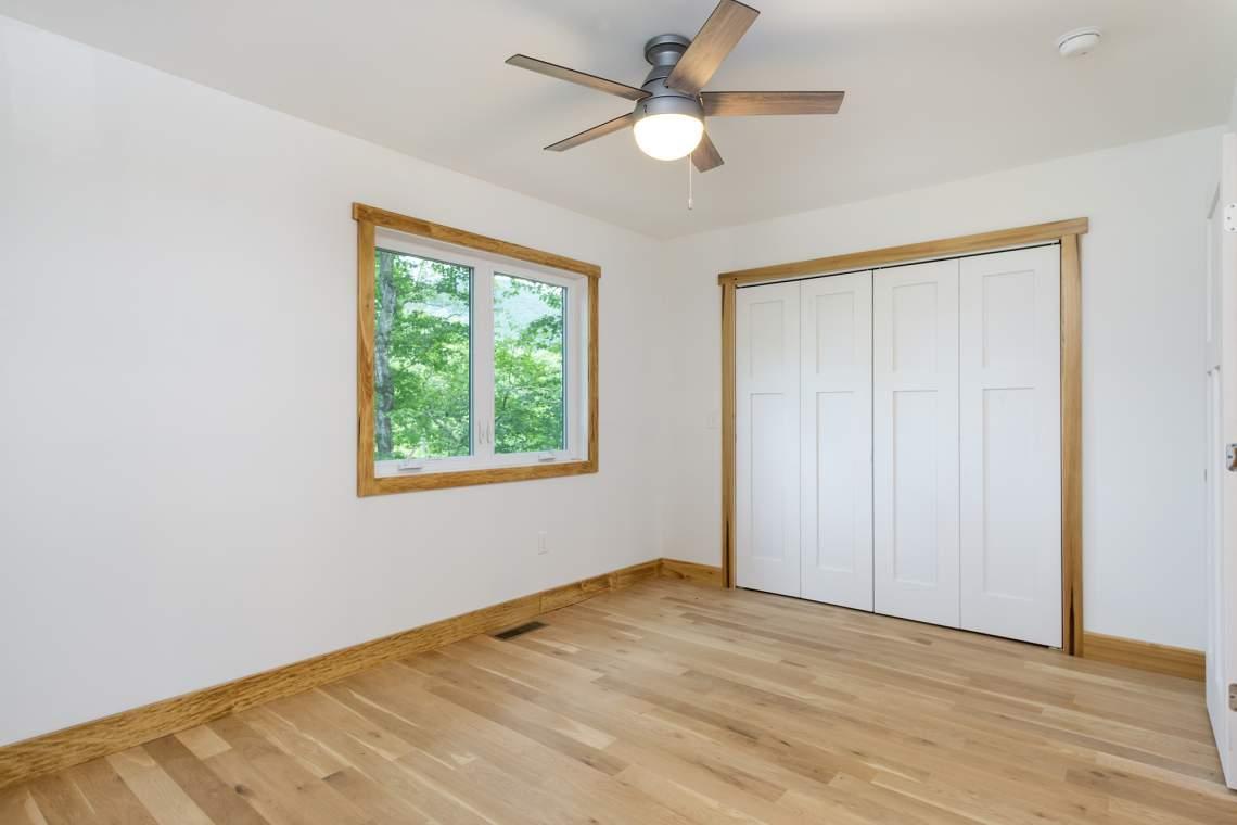 17-Upper-Bedroom-2