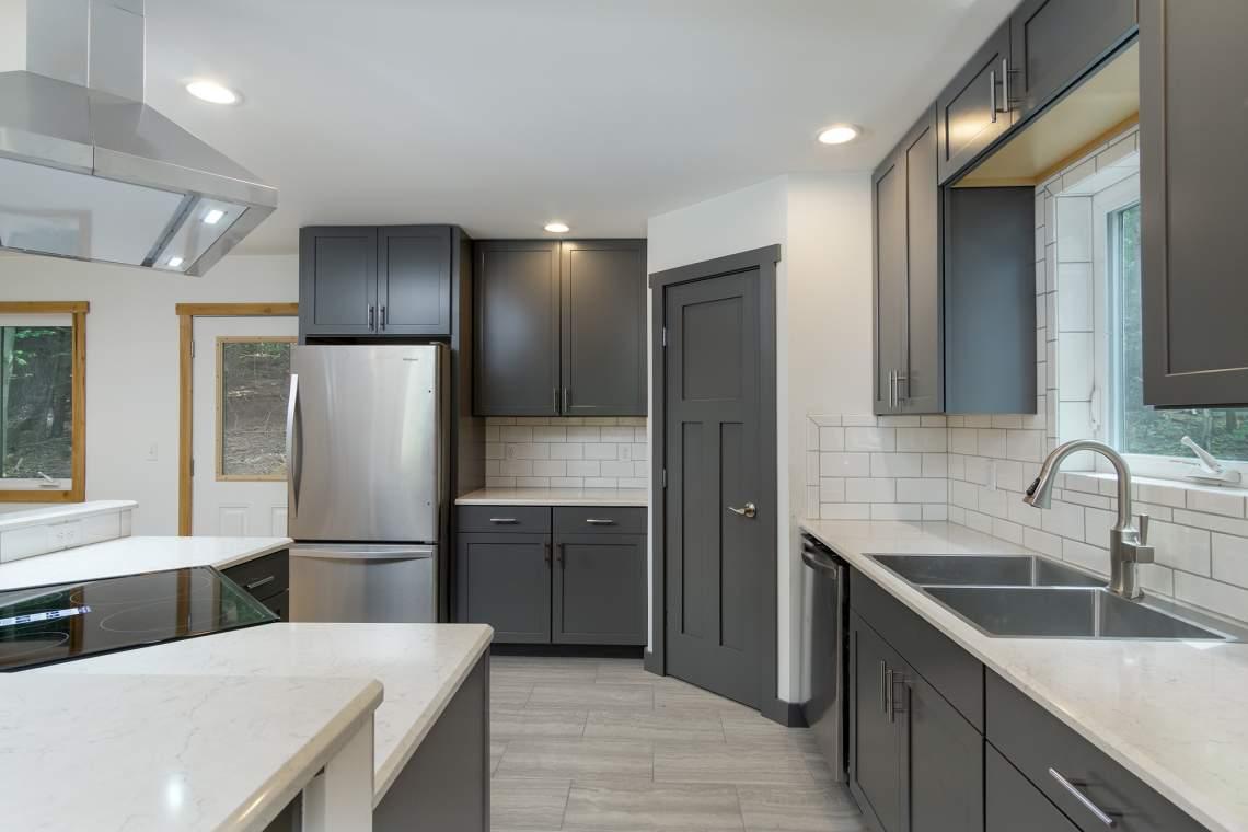 9-Kitchen-3