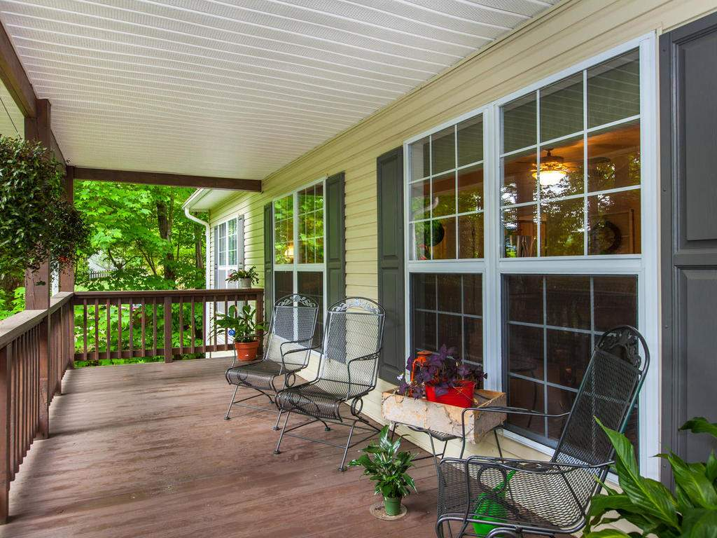 16-Daniel-Ln-Black-Mountain-NC-008-8-Front-Porch-MLS_Size