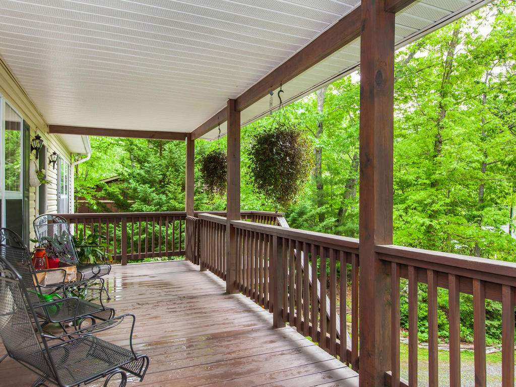 16-Daniel-Ln-Black-Mountain-NC-009-2-Front-Porch-MLS_Size