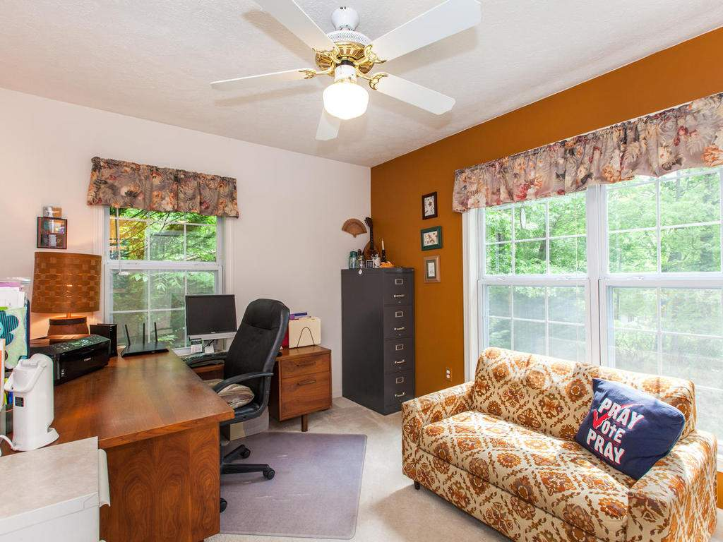 16-Daniel-Ln-Black-Mountain-NC-018-6-Bedroom-MLS_Size