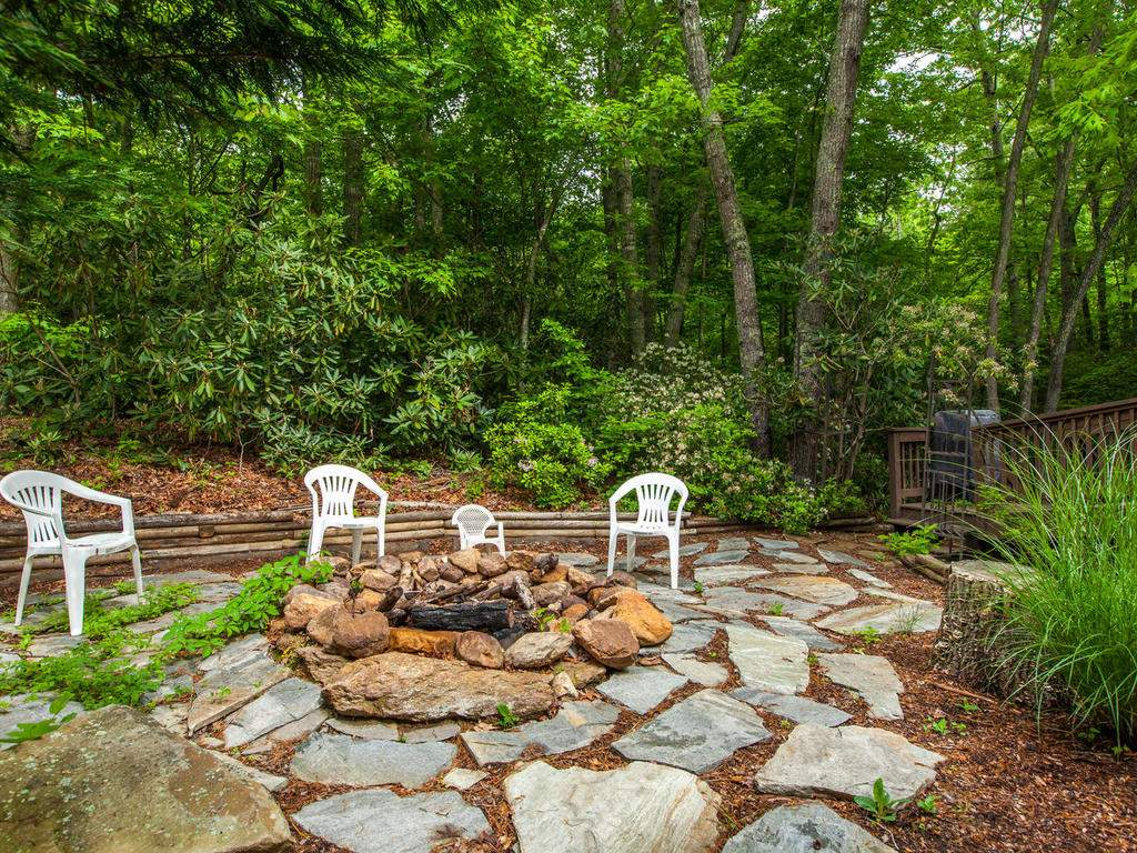 16-Daniel-Ln-Black-Mountain-NC-035-17-Patio-MLS_Size