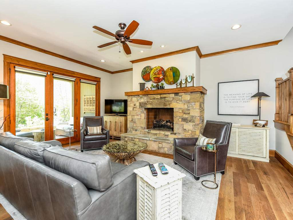 22-Keats-Rd-Black-Mountain-NC-007-1-Living-Room-MLS_Size