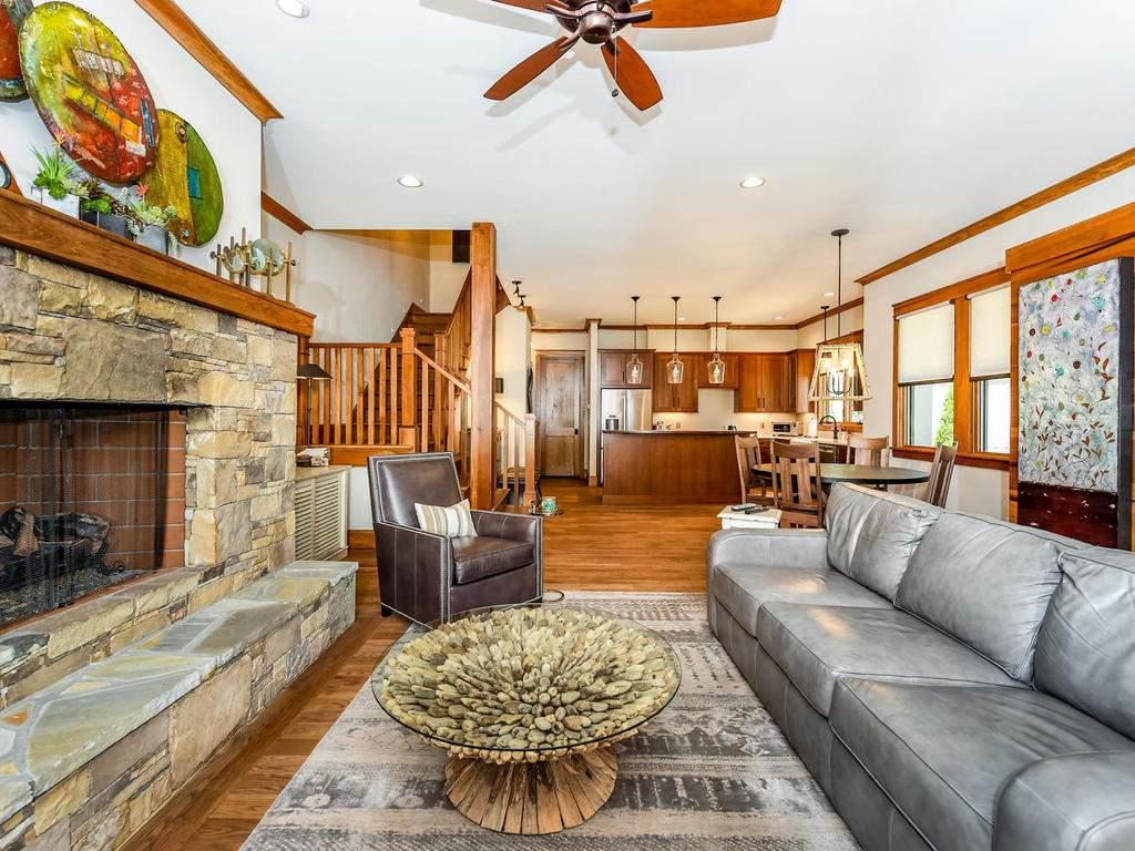 22-Keats-Rd-Black-Mountain-NC-009-6-Living-Room-MLS_Size
