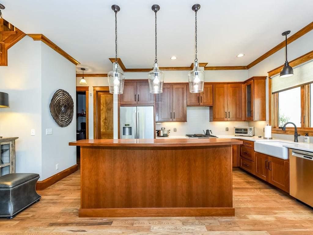 22-Keats-Rd-Black-Mountain-NC-012-29-Kitchen-MLS_Size