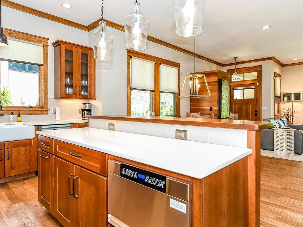 22-Keats-Rd-Black-Mountain-NC-015-11-Kitchen-MLS_Size