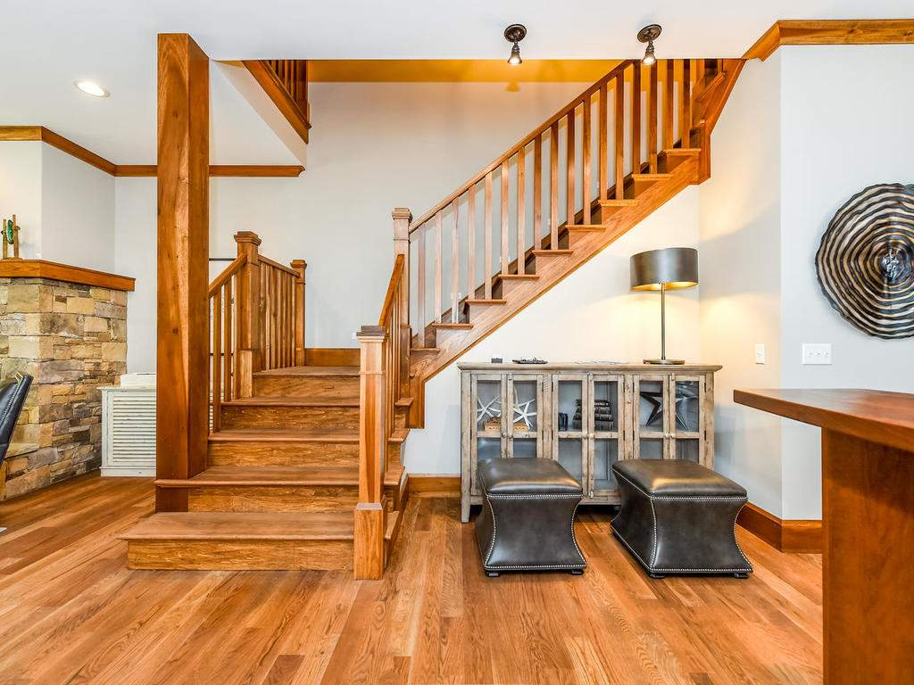 22-Keats-Rd-Black-Mountain-NC-025-17-Stairway-MLS_Size