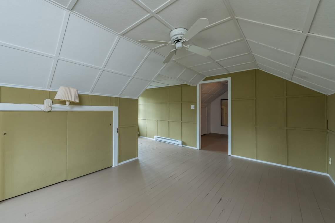 Bedroom-on-Upper-Level-3