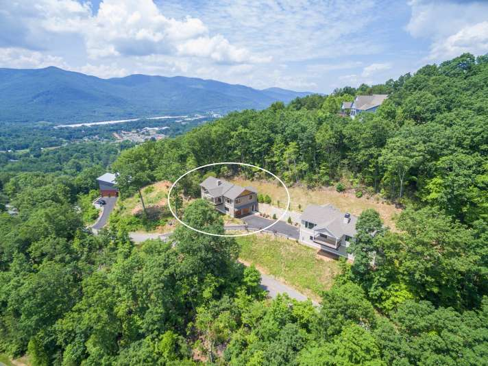 25 Robin Ridge Lane, Black Mountain, NC