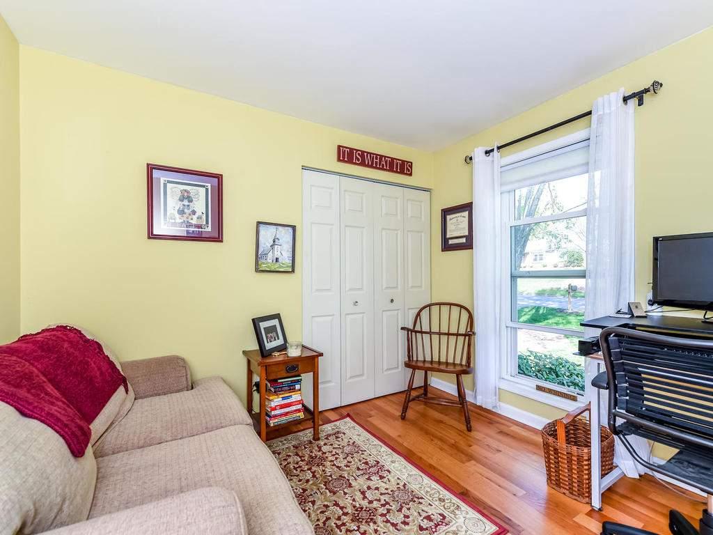 34-Knoll-Ridge-Dr-Asheville-NC-023-25-Bedroom-3-MLS_Size