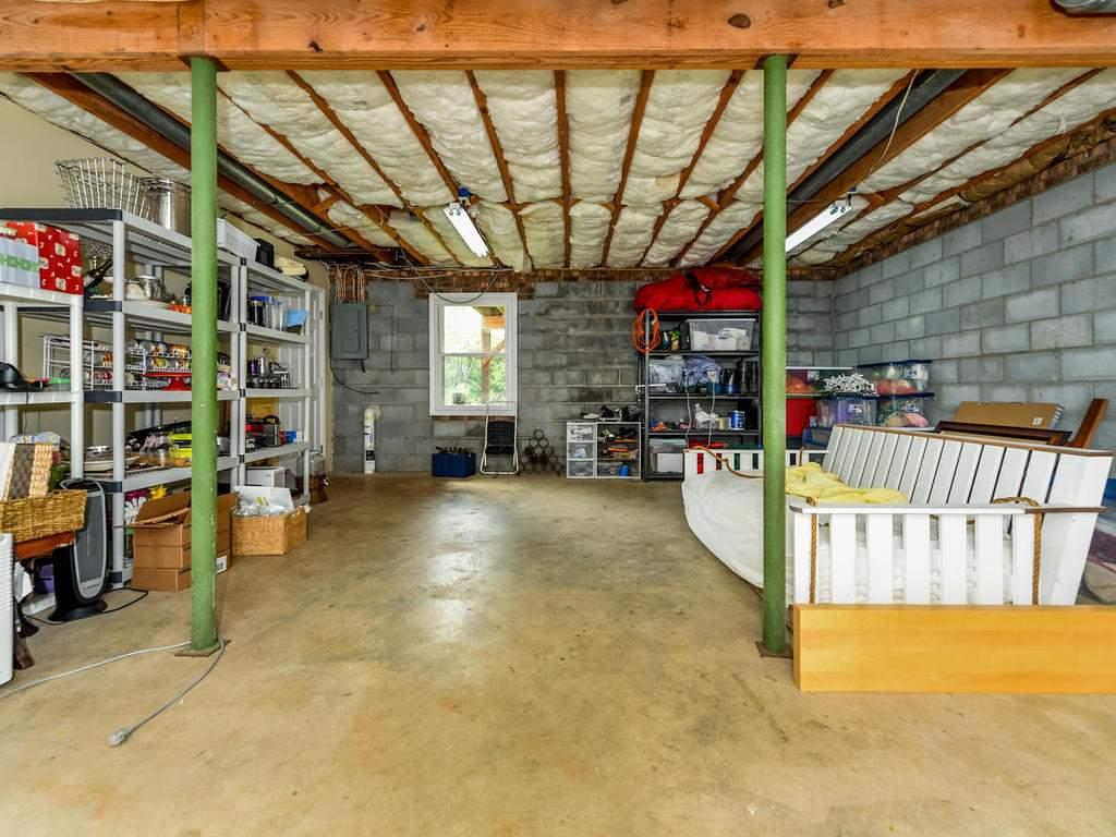 34-Knoll-Ridge-Dr-Asheville-NC-030-41-Storage-MLS_Size