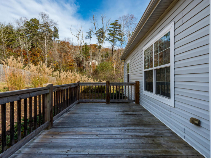 36 Luther Cove Rd Candler NC-029-26-Deck-MLS_Size
