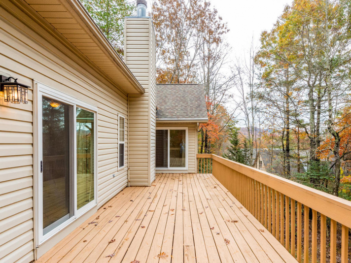 45_W_Cotton_Ave_Black_Mountain-031-38-Deck-MLS_Size