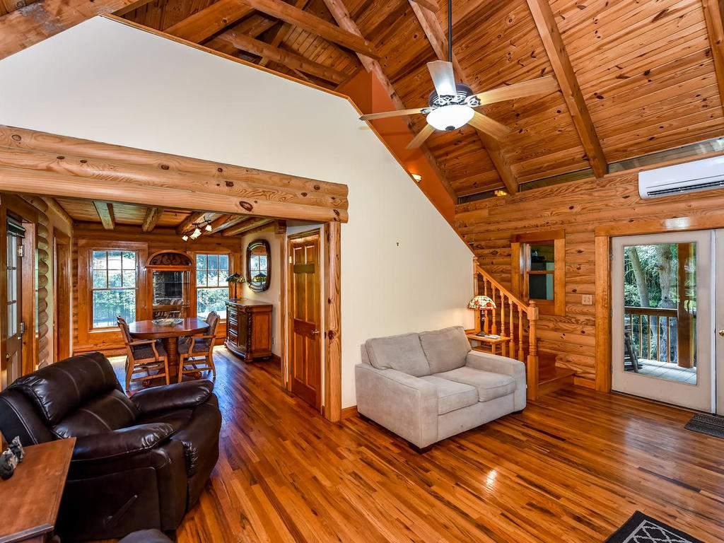 699-N-Oconeechee-Ave-Black-005-19-Living-Room-MLS_Size