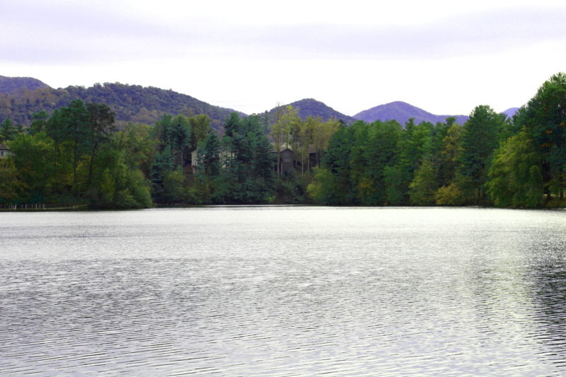 Biltmore-Lake-Water-View-e1542052405723
