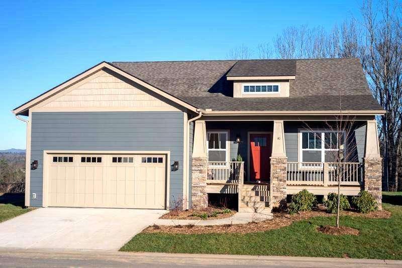 Creekside Village Real Estate