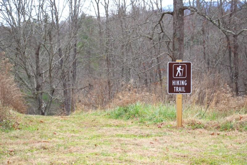 Sovereign-Oaks-Hiking-Trail-e1544269737817