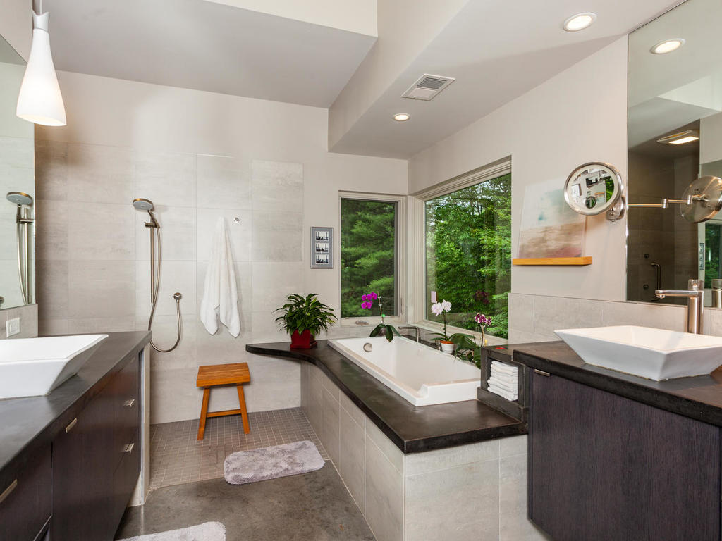62 Middle Mountain Rd Black-MLS_Size-012-1-Master Bath-1024×768-72dpi