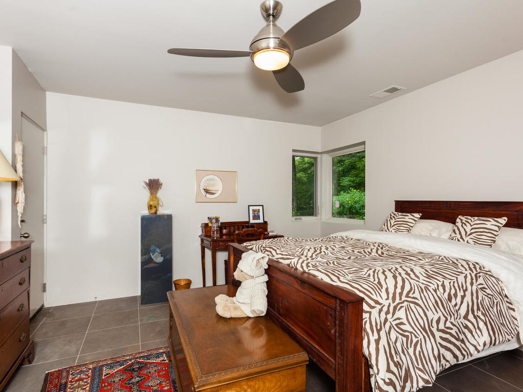 62 Middle Mountain Rd Black-MLS_Size-015-21-Bedroom-1024×768-72dpi
