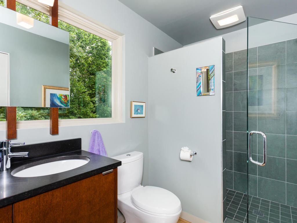62 Middle Mountain Rd Black-MLS_Size-019-3-Bathroom-1024×768-72dpi