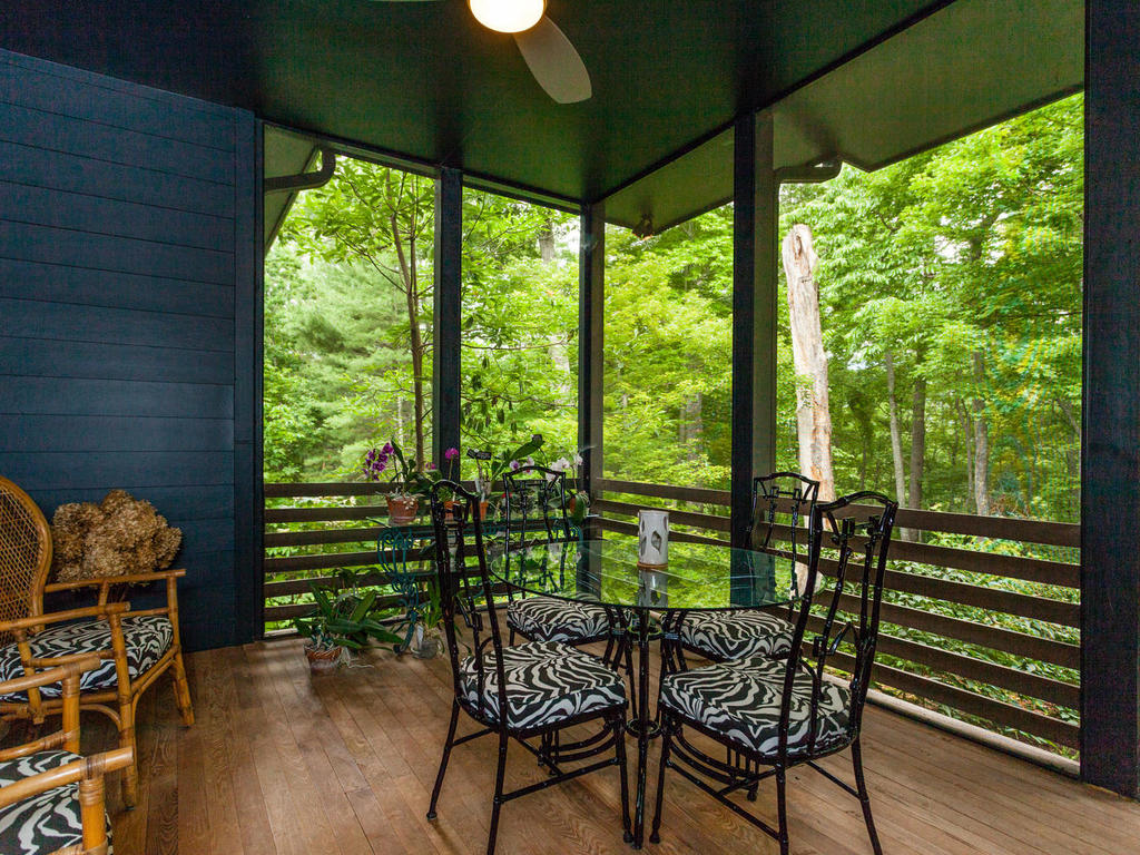 62 Middle Mountain Rd Black-MLS_Size-022-7-Screenedin Porch-1024×768-72dpi