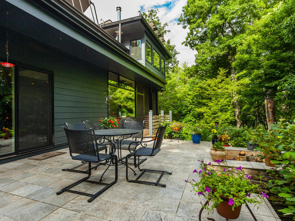 62 Middle Mountain Rd Black-MLS_Size-025-16-Patio-1024×768-72dpi
