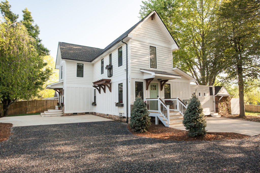 A modern farmhouse Airbnb two blocks from downtown Black Mountain.
